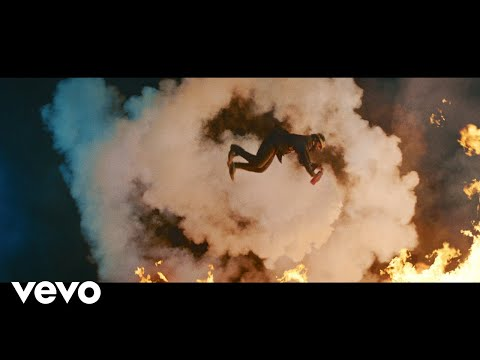 DJ-Snake-Magenta-Riddim-video.jpg