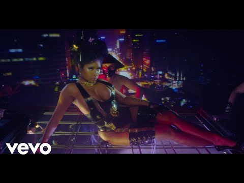 Nicki-Minaj-Chun-Li-video.jpg